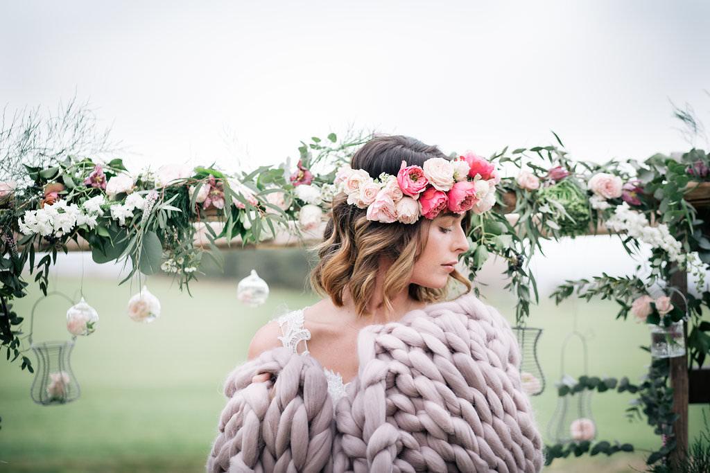 Giant Knit Blanket Bride Bridal Lapstone Barn Wedding Ideas Cotswolds Katie Hamilton Photography