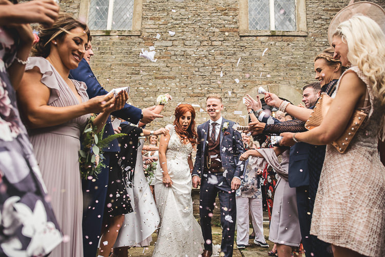 Confetti Throw Tipi Garden Wedding Wedding Foxley Photography