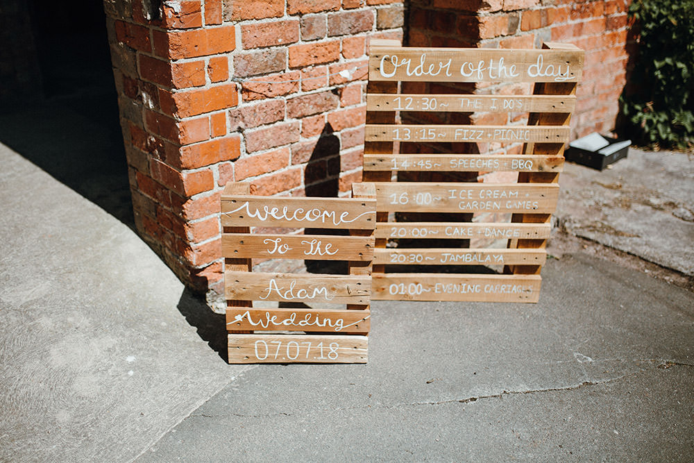 Wooden Pallet Signs Welcome Order Day Pimhill Barn Wedding Shrophire Leah Lombardi Photography
