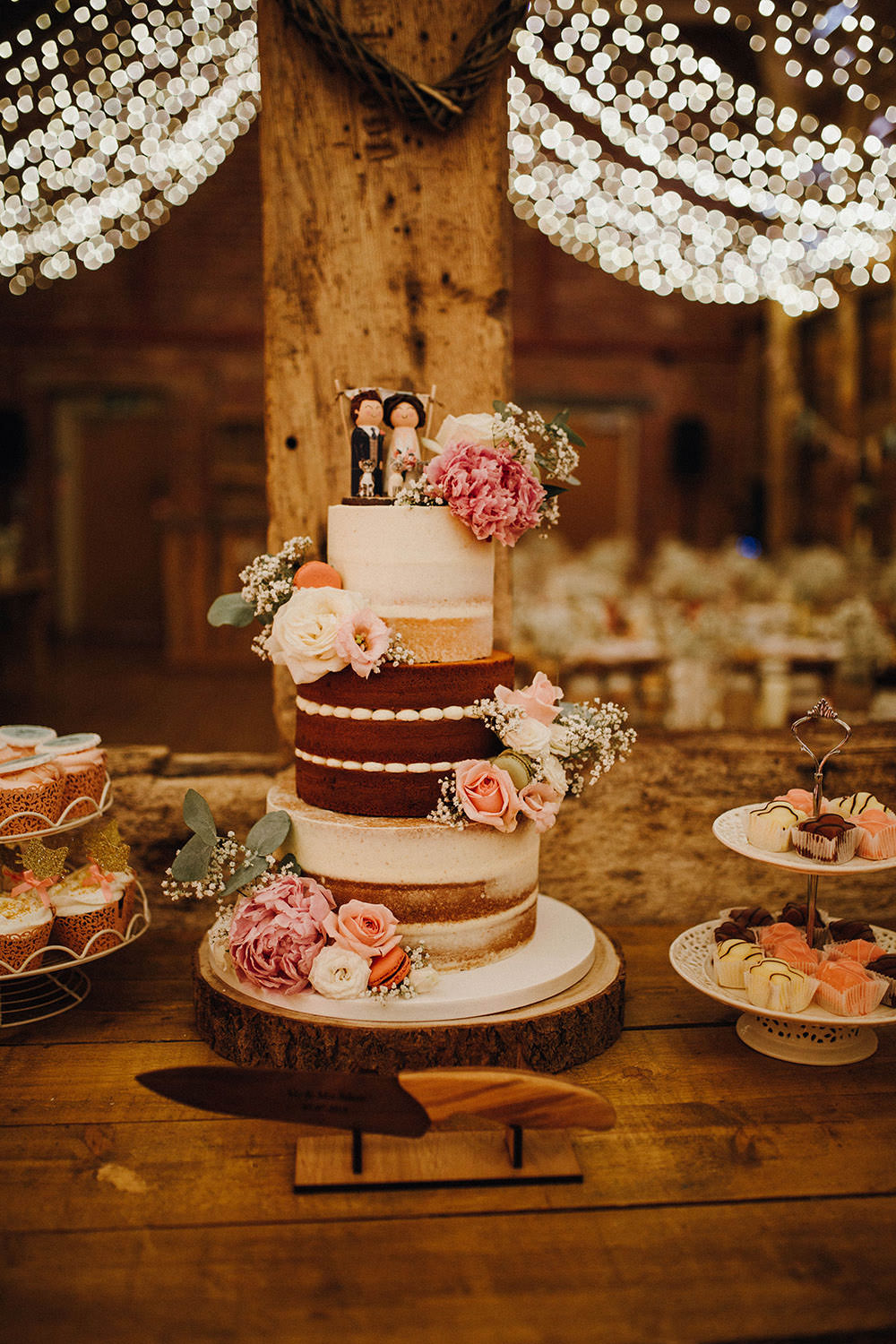 Naked Sponge Cake Flowers Toppers Pimhill Barn Wedding Shrophire Leah Lombardi Photography