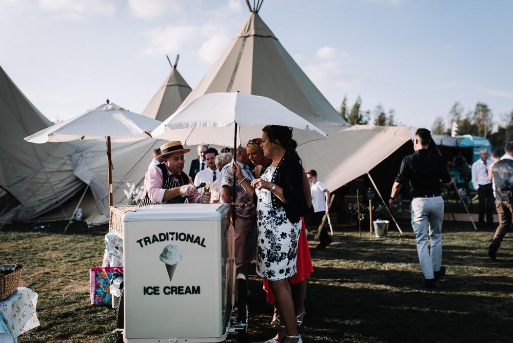 Ice Cream Cart Alcott Weddings Oobaloos Photography