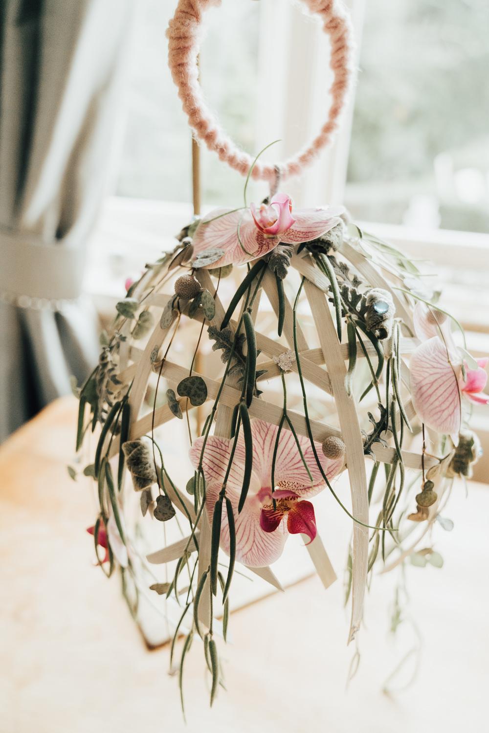 Bouquet Flowers Hoop Wedding Ideas Rebecca Carpenter Photography