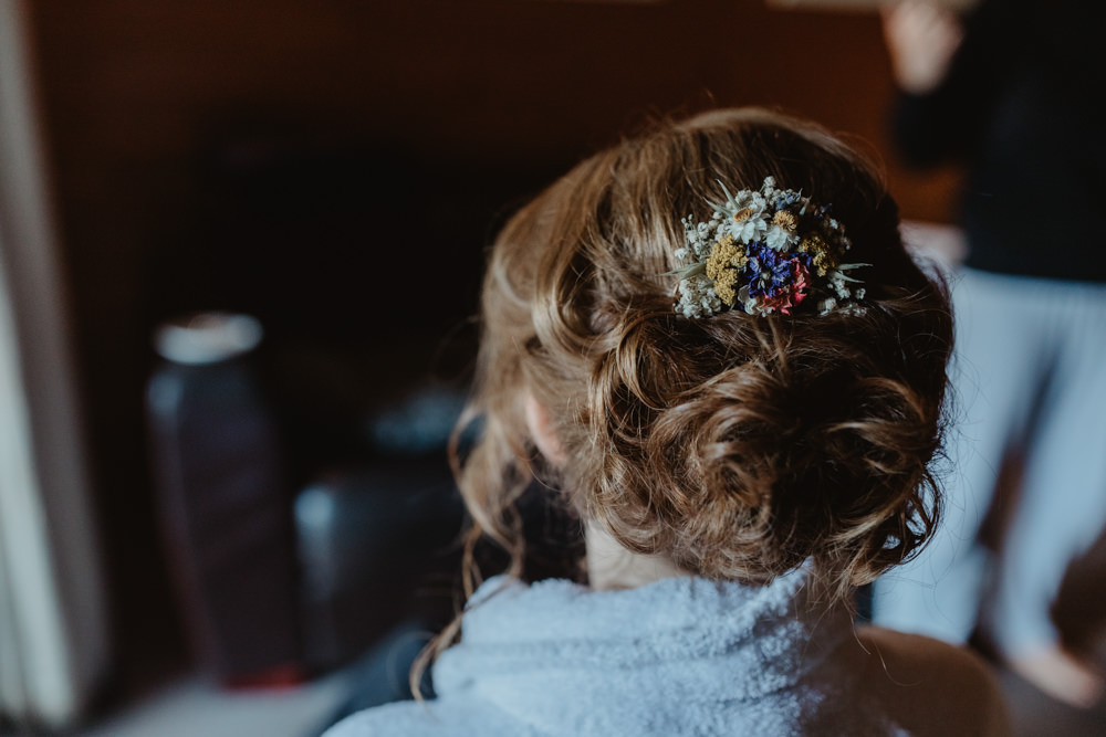 Bride Bridal Hair Style Up Do Dried Fower Comb Chilli Barn Wedding Stevie Jay Photography