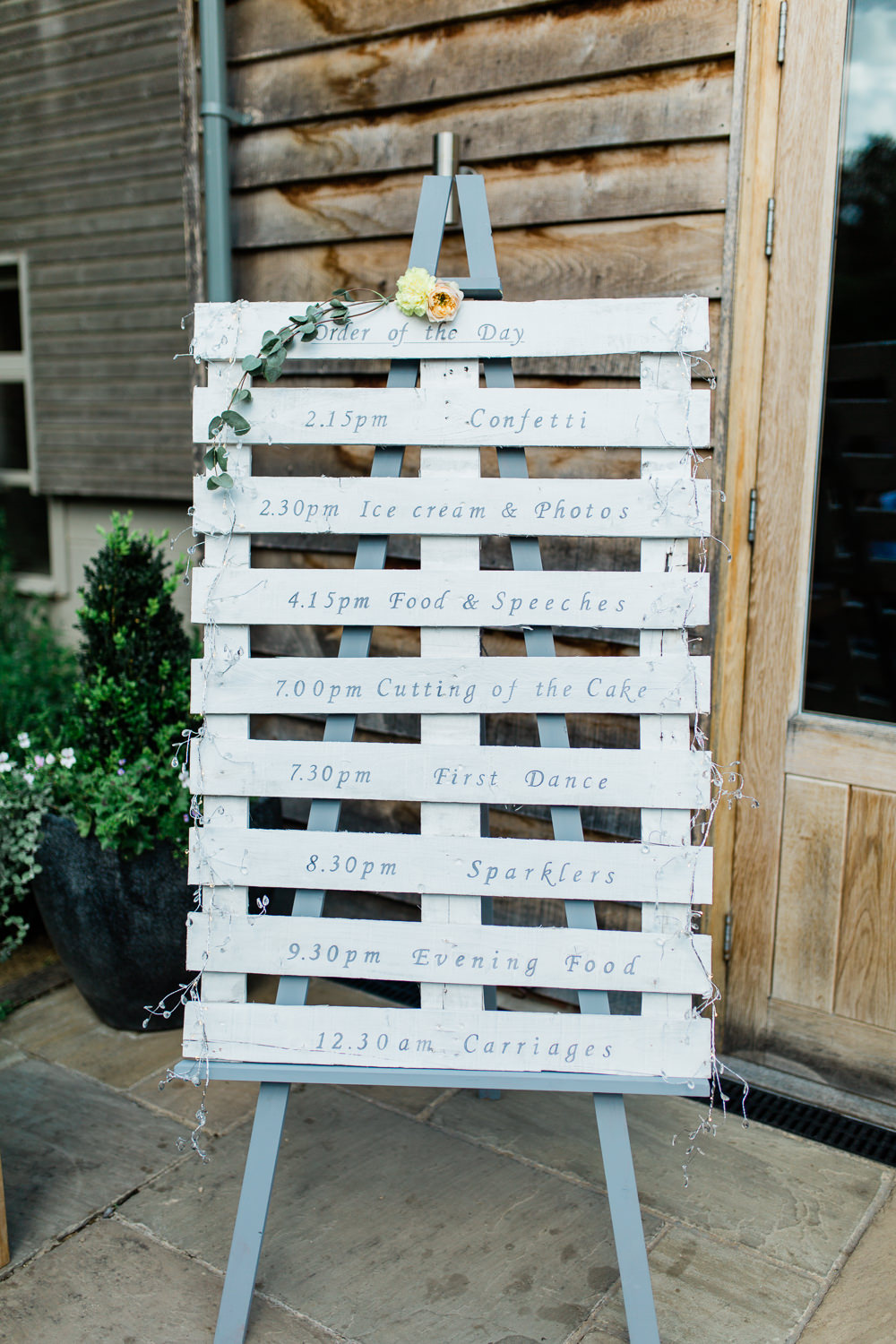 Order of the Day Pallet Easel Creative Summer Wedding Gemma Giorgio Photography