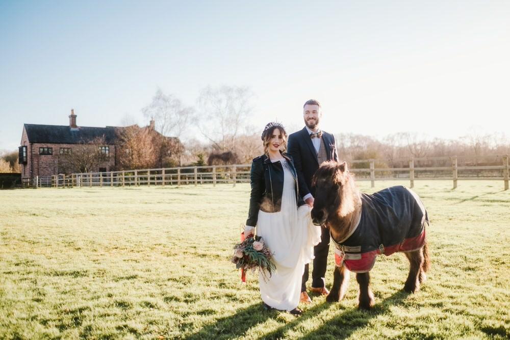 Romantic Wedding Ideas Neon Lighting Kate McCarthy Photography