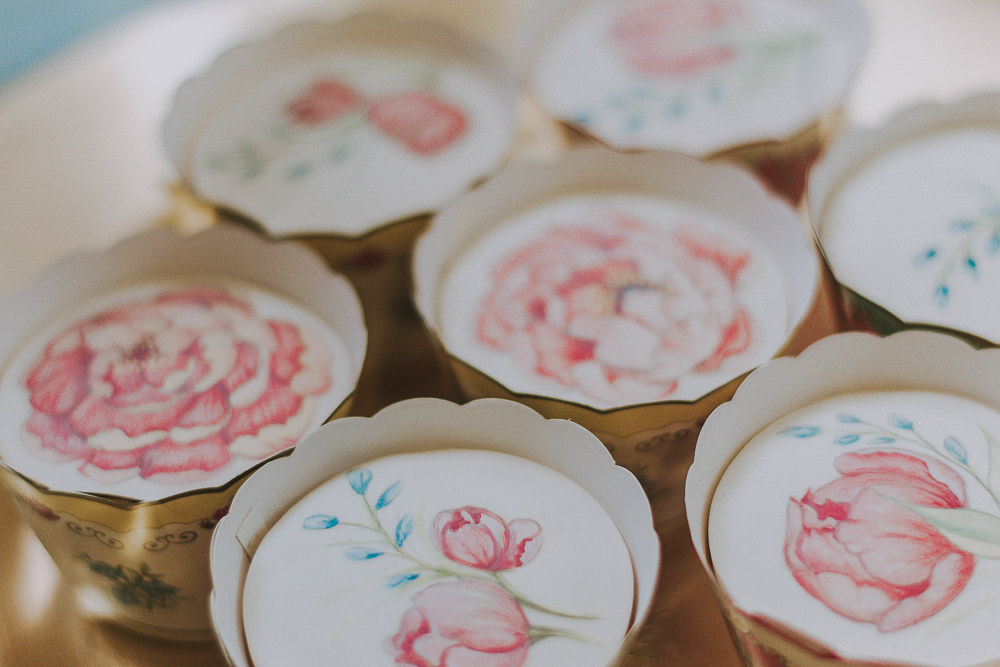 Painted Cupcakes Floral Flower Wes Anderson William Morris Wedding Ideas Jessica Hill Photography