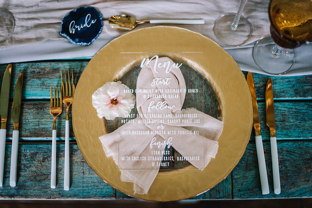 Table Menu Place Setting Agate Name Tag Clear Perspex Acrylic Glass Coral Floral Wedding Ideas Birgitta Zoutman Photography