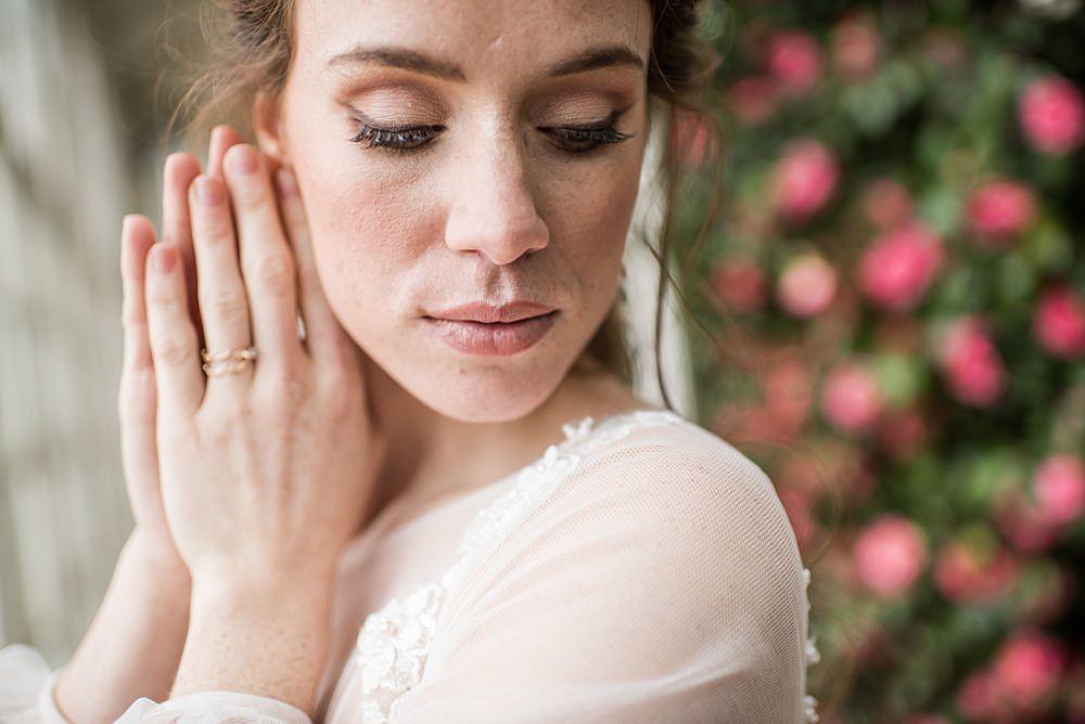 Bride Bridal Make Up Peach Gold Wedding Ideas Jane Beadnell Photography