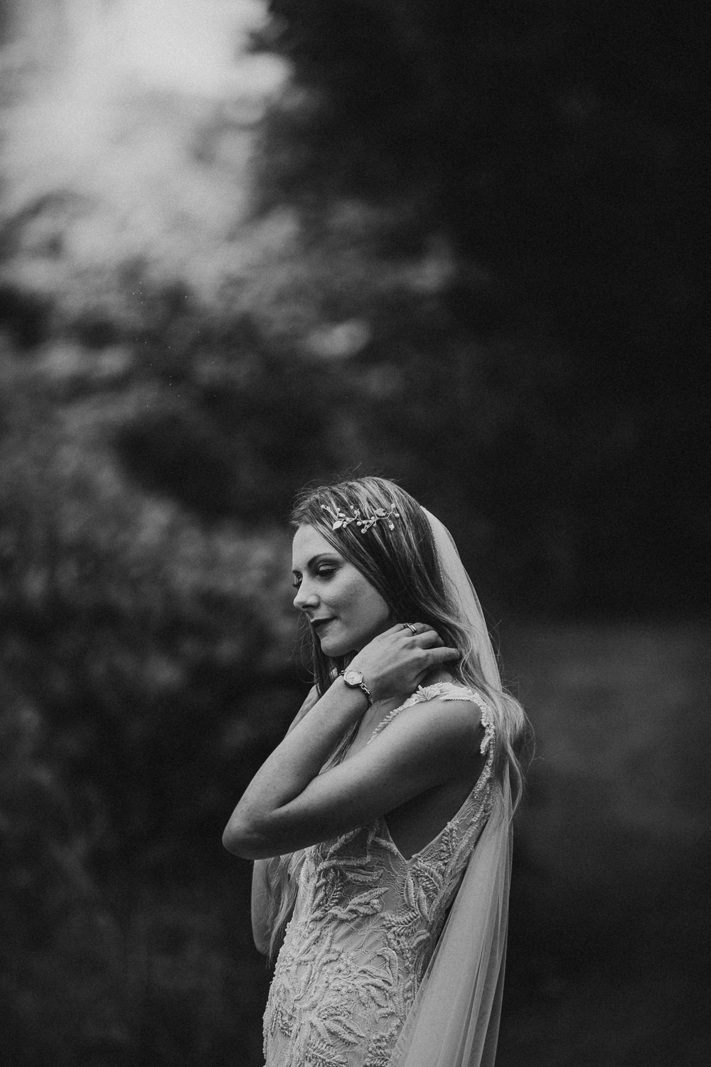 Bride Bridal Hair Long Veil Vine Accessory Horsley Hale Farm Wedding Thyme Lane Photography