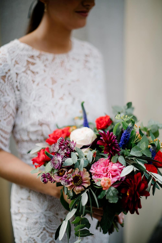 Bouquet Flowers Bride Bridal Bridesmaid Dahlia Rose Eucalyptus Red Pink Tuscany Wedding Lelia Scarfiotti