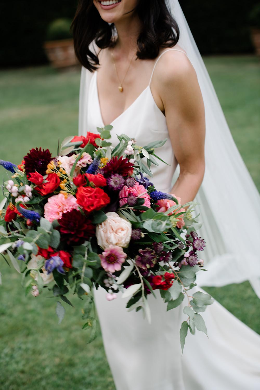 Bouquet Flowers Bride Bridal Dahlia Rose Eucalyptus Red Pink Tuscany Wedding Lelia Scarfiotti
