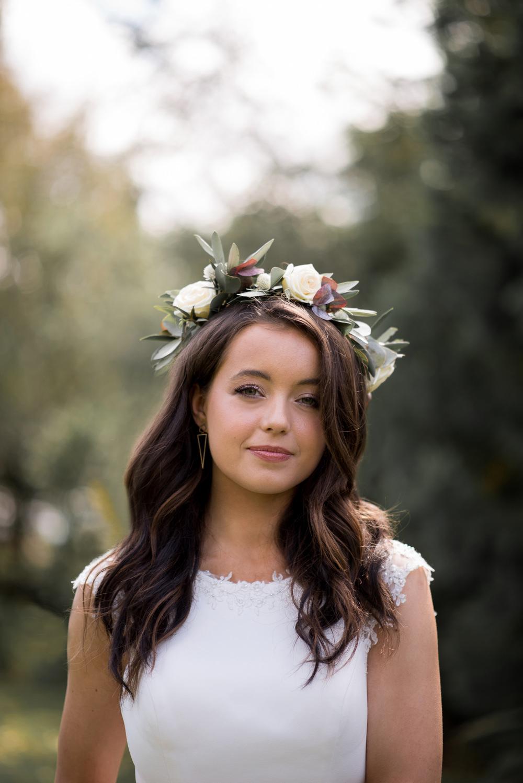 Flower Crown Bride Bridal Hair Loose Waves Minimalist Wedding Ideas Nicola Belson Photography