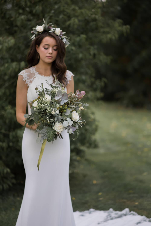Minimalist Wedding Ideas Nicola Belson Photography Bride Bridal Dress Gown Charlotte Balbier Key Hole Back Cap Sleeves