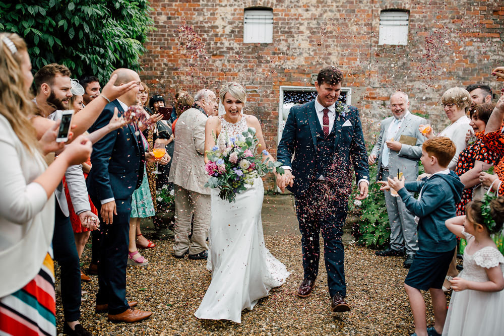 Confetti Throw Barff Country House Wedding Sarah Beth Photo