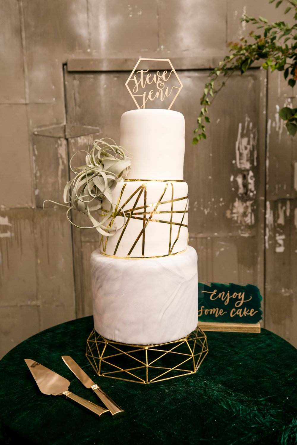 Cake Gold Geometric Marble Topper Floral Minneapolis Wedding Jeannine Marie Photography
