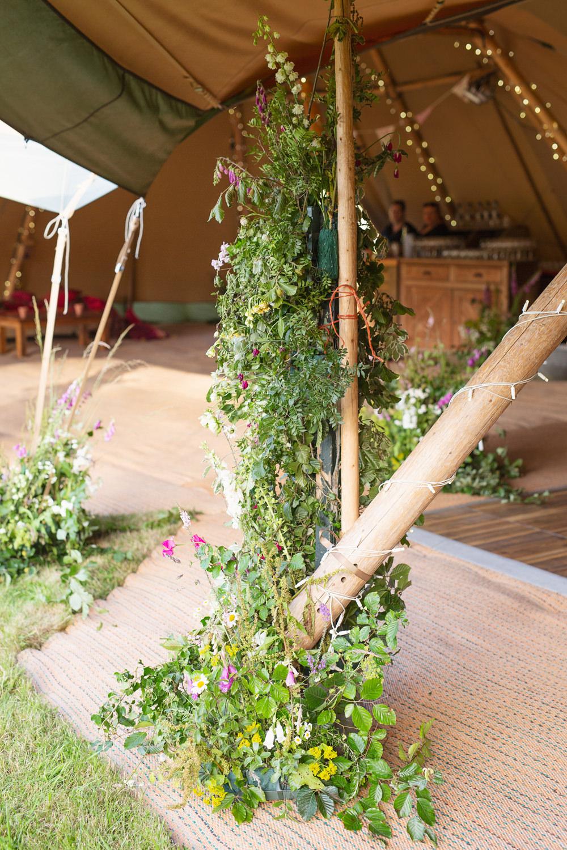 Greenery Foliage Poles Decor Rustic Tipi Wedding Cotton Candy Weddings