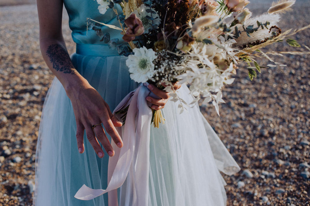 Bouquet Flowers Bride Bridal Dried Grass Seeds Coastal Elopement Manon Pauffin Photography