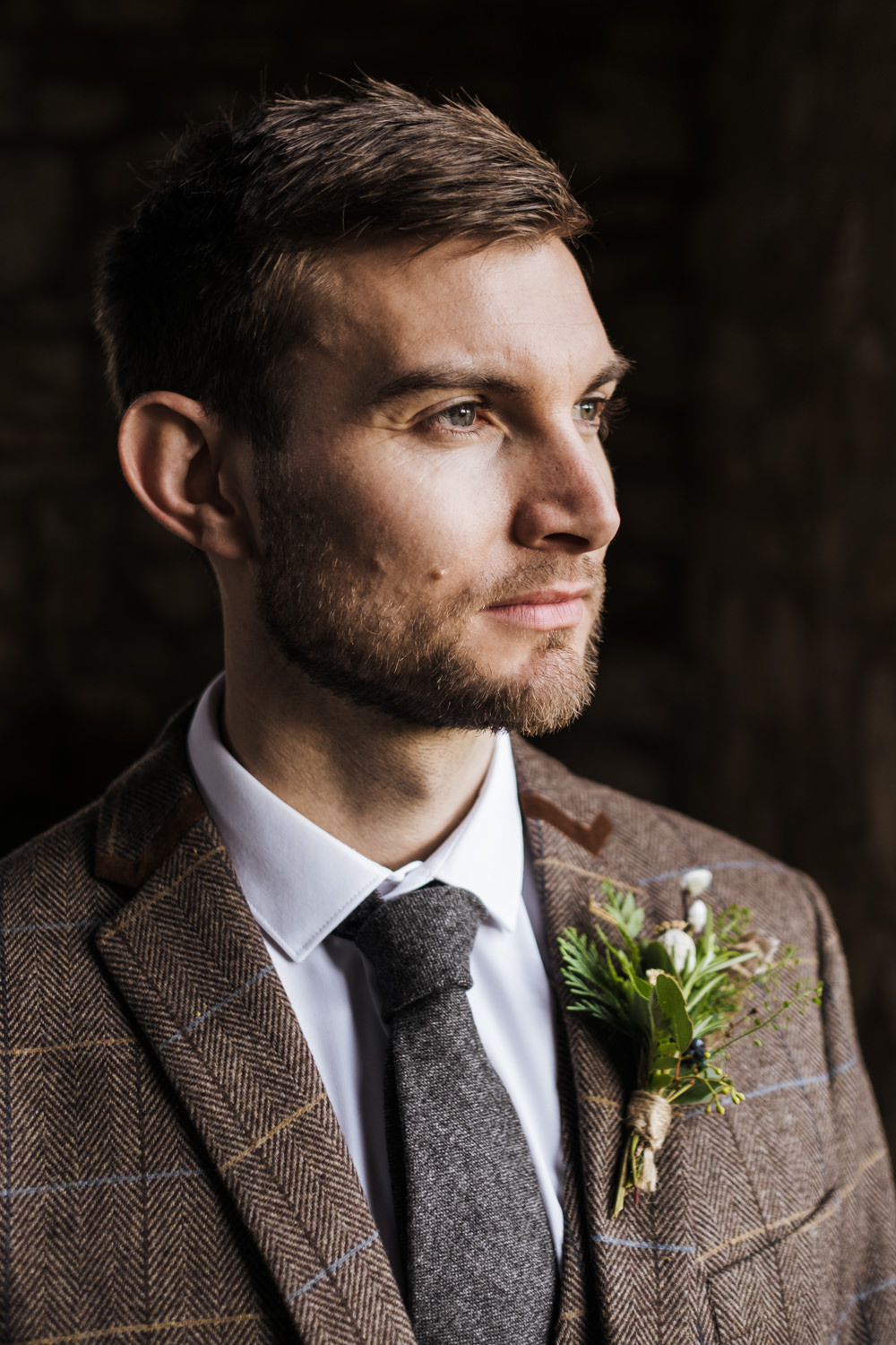 Groom Suit Brown Check Tweed Tie Ethical Wedding Ideas Jenna Kathleen Photographer