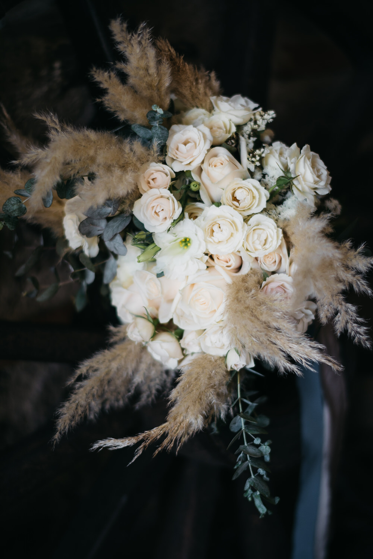 Bouquet Flowers Bride Bridal Pampas Grass Rose Ribbon Guatemala Wedding Daniel Lopez Perez Photography