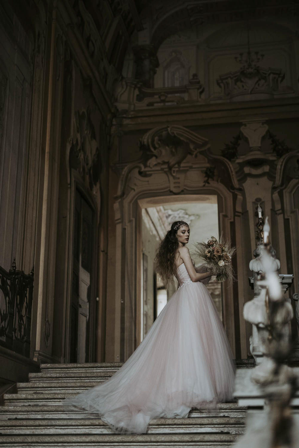 Dress Gown Bride Bridal Pink Tulle Sleeves Train Italy Elopement Ideas Gradisca Portento Fotografica
