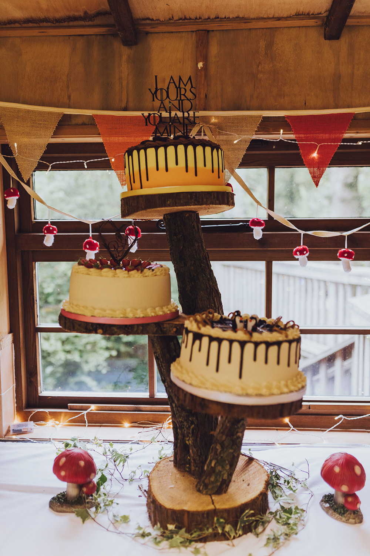 Drip Cake Log Stand Treehouse Wedding Honeydew Moments