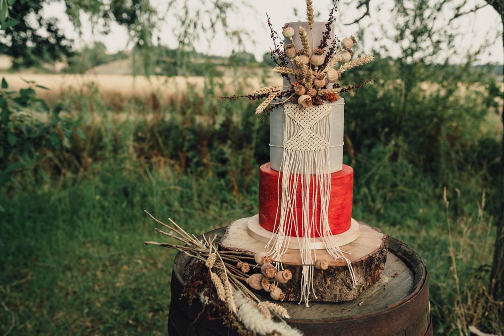 Boho Wedding Ideas Roshni Photography Macrame Cake Fried Flowers Orange Log Stand