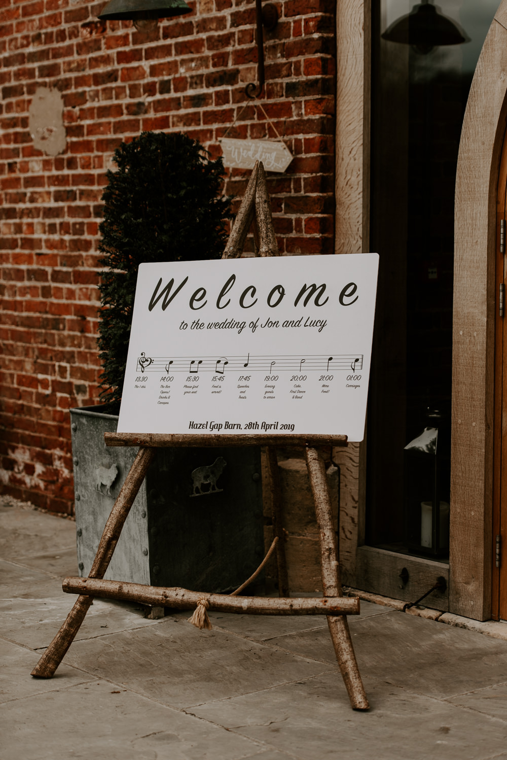 Welcome Sign Signs Signage Hazel Gap Barn Wedding The Light Painters