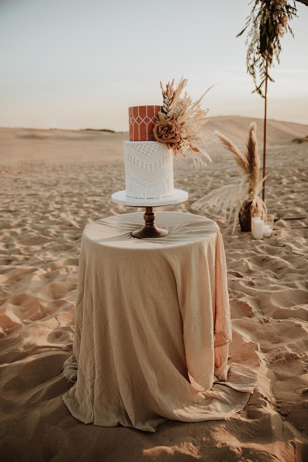 Cake Macrame Boho Rust Orange Dried Flowers Sand Dunes Wedding Photos By Gayle
