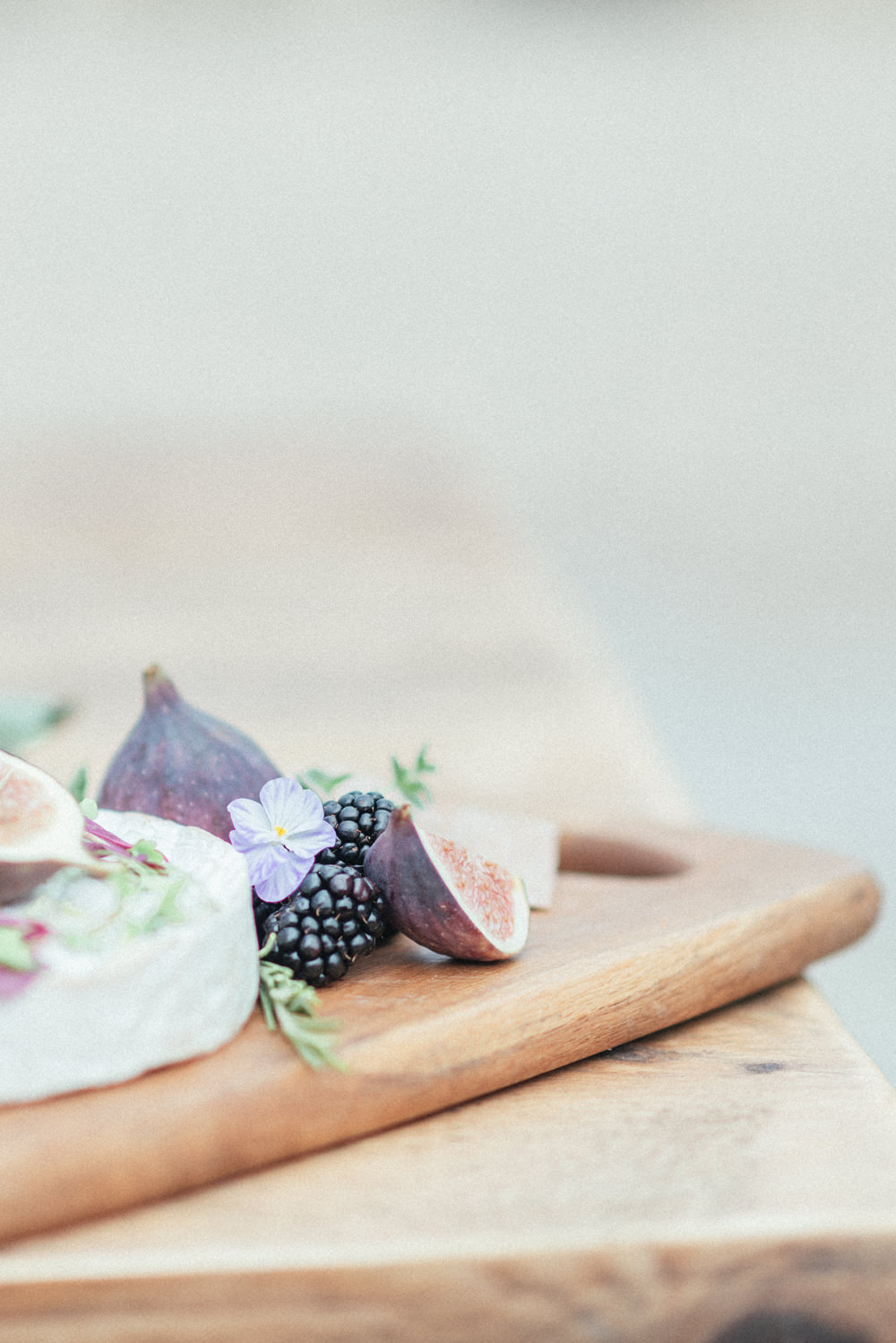 UK Destination Wedding Hannah McClune Photography Cheese Board Food Platter