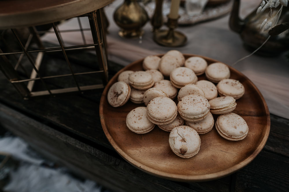 UK Boho Elopement Jenny Appleton Macarons