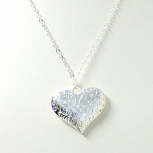 silver swirly heart necklace