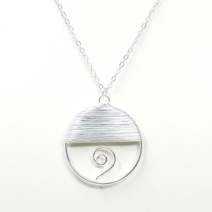 wire wrapped round swirl necklace