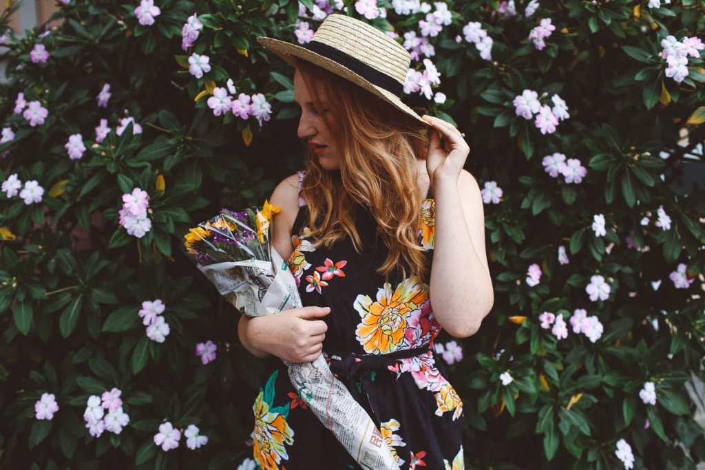 floral old navy jumpsuit, boat hat