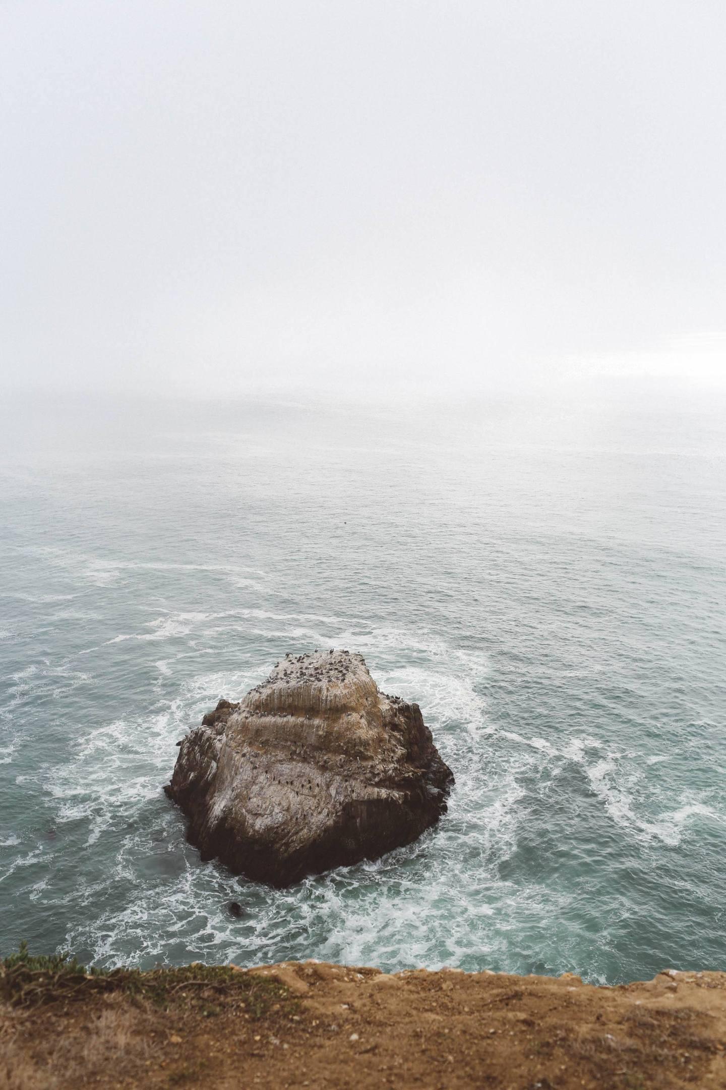Ocean waves rocks
