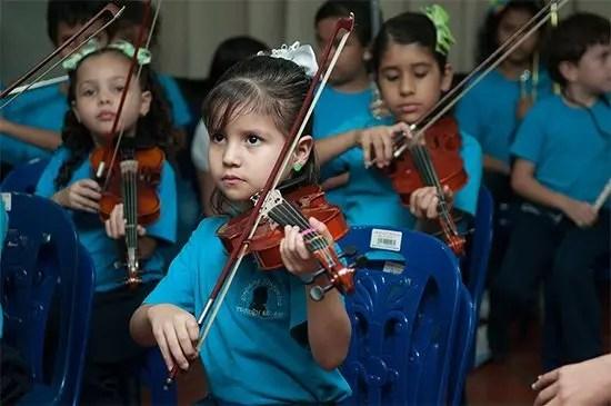 whin-music-community-charter-school-el-sistema-venezuela-orchestra