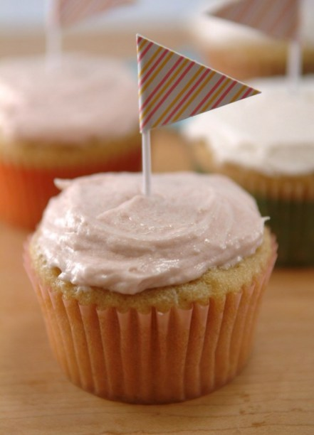 Very Vanilla Vegan Cupcakes! As delicious as they are pretty. Great vegan kids recipe.