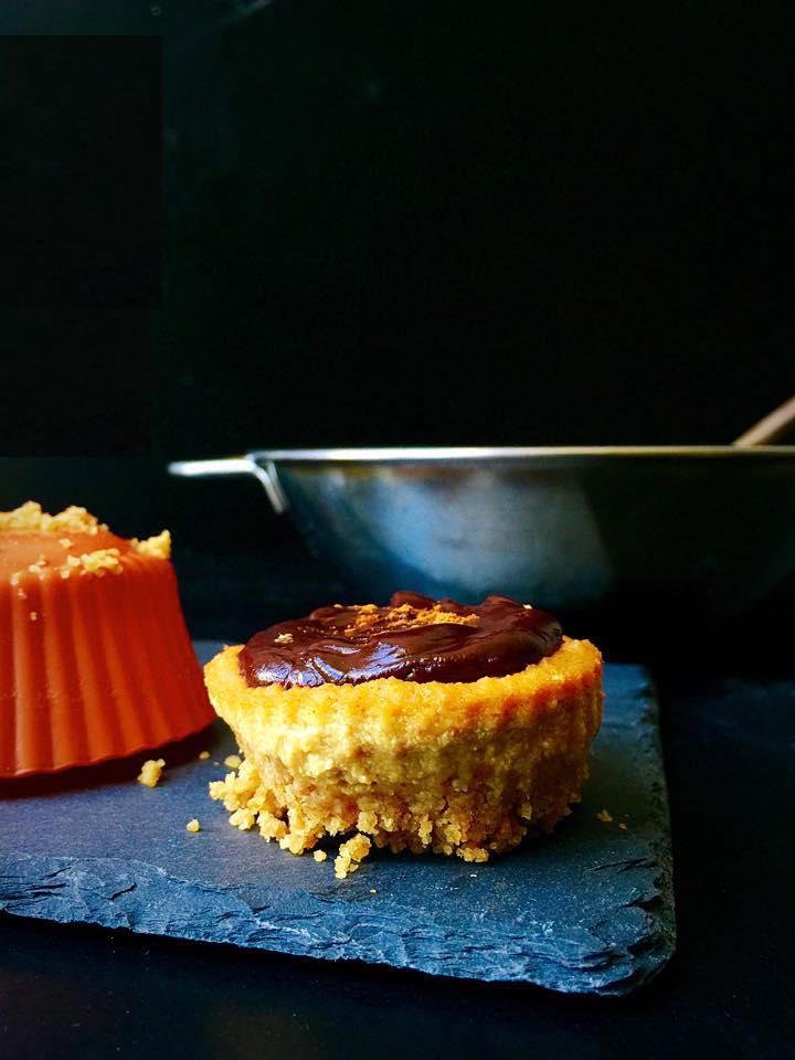 Mini Vegan Pumpkin Cheesecakes with Chocolate Ganache