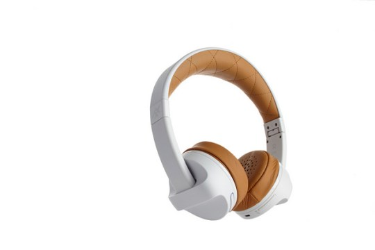iFrogz Impulse Headphones $59.99 -photo courtesy of iFrogz