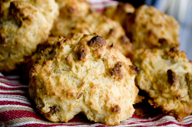 bacon-cheddar-drop-biscuits