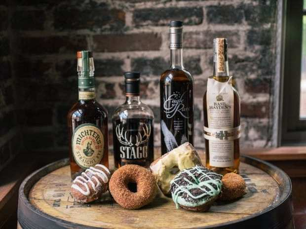 Bourbon Review with Whisky And Donuts - WhiskyAndDonuts.com