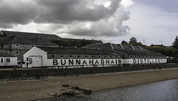 The beach along Bunnahabhain Distillery on May 28, 2010. Photo ©2010, Mark Gillespie/CaskStrength Media.