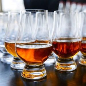 Vasos de degustación de whisky Glencairn