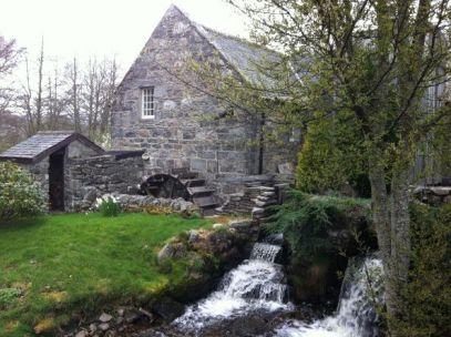 Molino de agua construido por James Fleming en Aberlour ,Speyside
