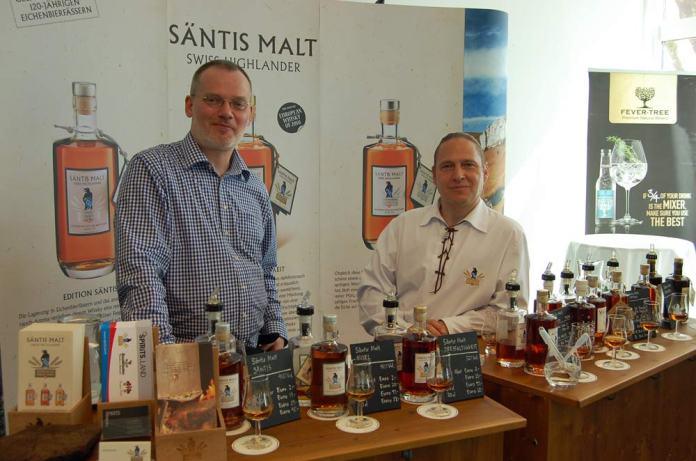 Säntis präsentierte die gesamte Produktpallette - wer diese Schweizer Destillerie noch nicht kennt, für den bereiten wir in der nächsten Zeit einige Tasting-Notes vor...