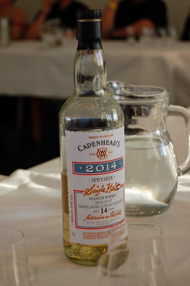 Für uns der überraschende Gewinner im Tasting, das auch einen Cognac und einen Rum enthielt: ein 14jähriger Craigellachie, der extra für den Berliner Shop abgefüllt wurde.