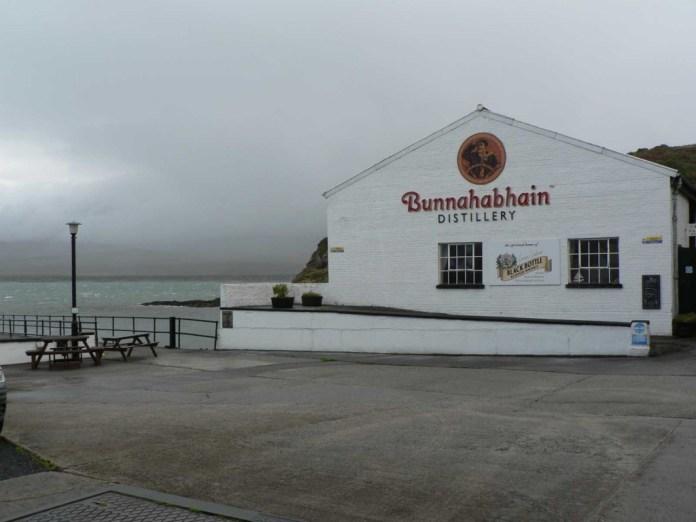 Die Destillerie Bunnahabhain. Bildrechte bei Gerald Petö