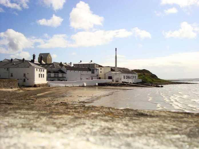 Bowmore Distillery. Bildrechte bei Etienne Kientzler