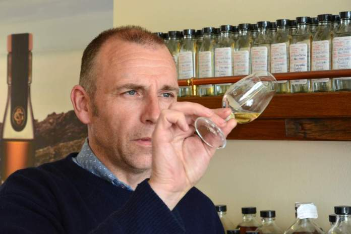 Iain McAllister Distillery Manager bei Glen Scotia