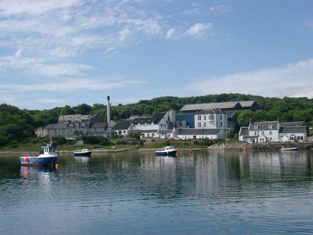 Isle of Jura Destillerie, Bild von Gordon Brown, CC-Lizenz