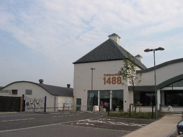 Tullibardine Besucherzentrum, Photo von Brian D Osborne, CC-Lizenz